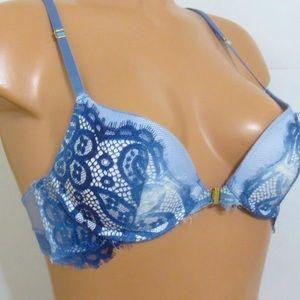 NWOT Victoria' secret 30C push-up lace paisley bra